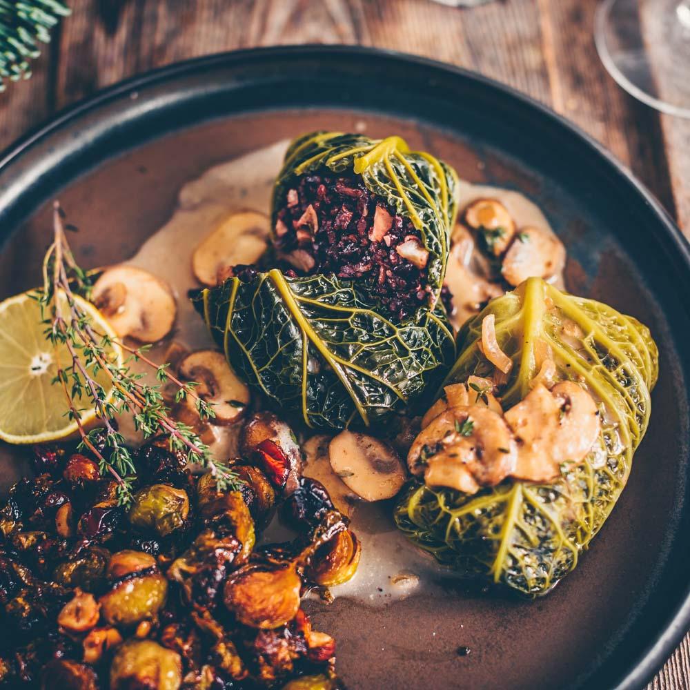 Christmas Menu Part 3 – Savoy cabbage rolls with black rice
