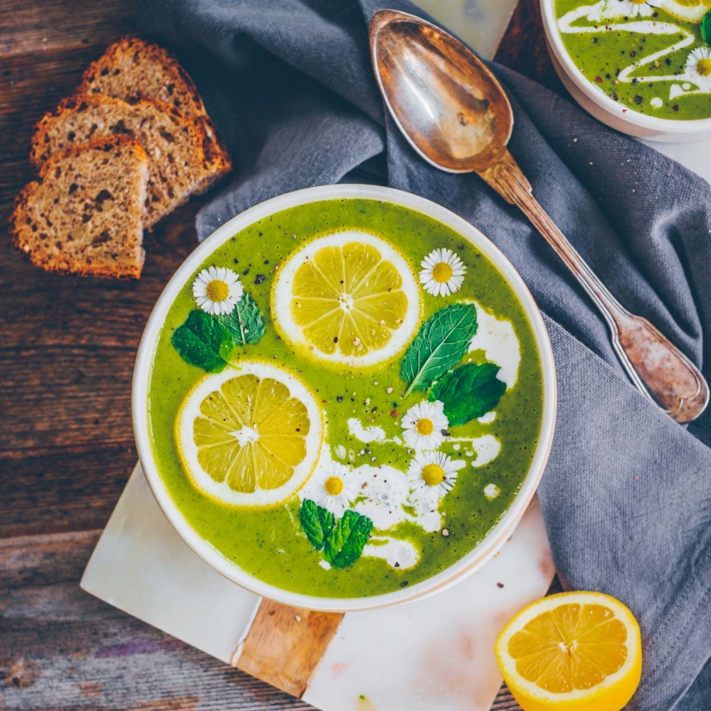 2 Bärlauch Rezepte – Suppe & Dip