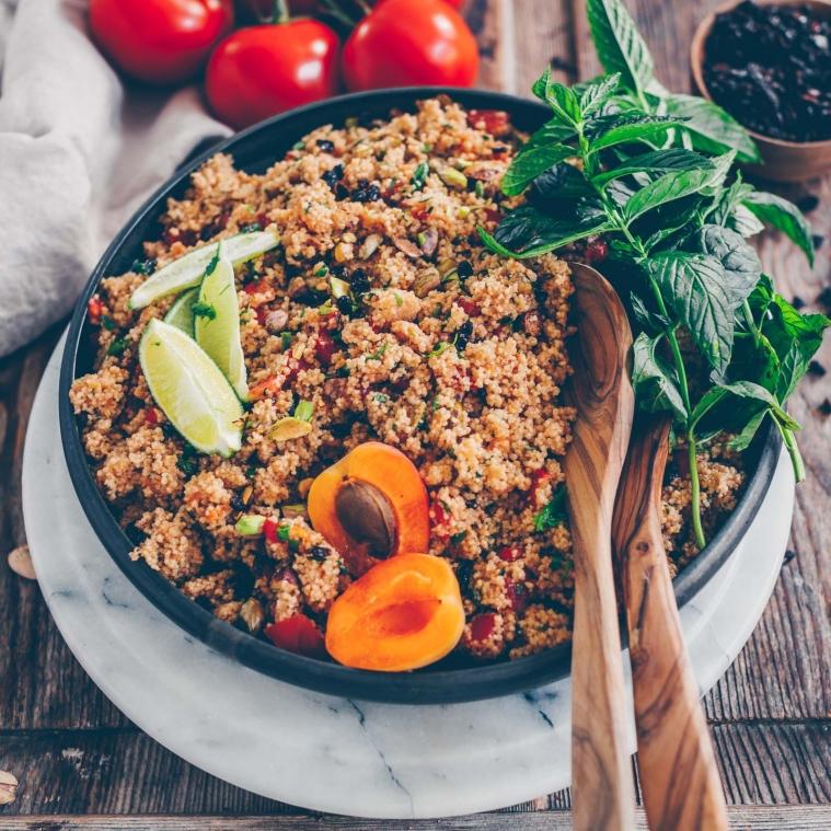 Couscous-Salat mit Aprikosen