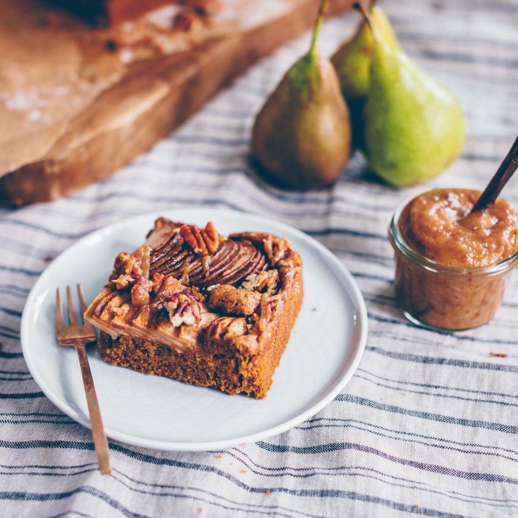 Pear Spice Cake