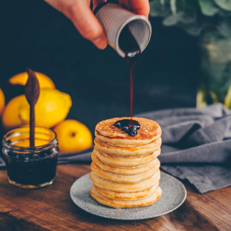 Vegane Zitronen-Ricotta Pancakes