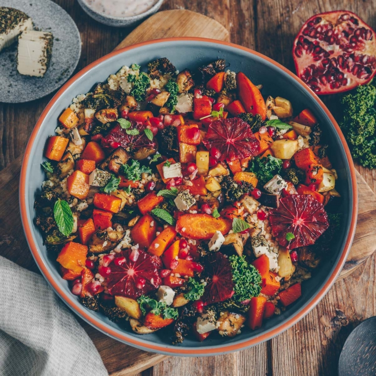 Colorful oven vegetables with bulgur