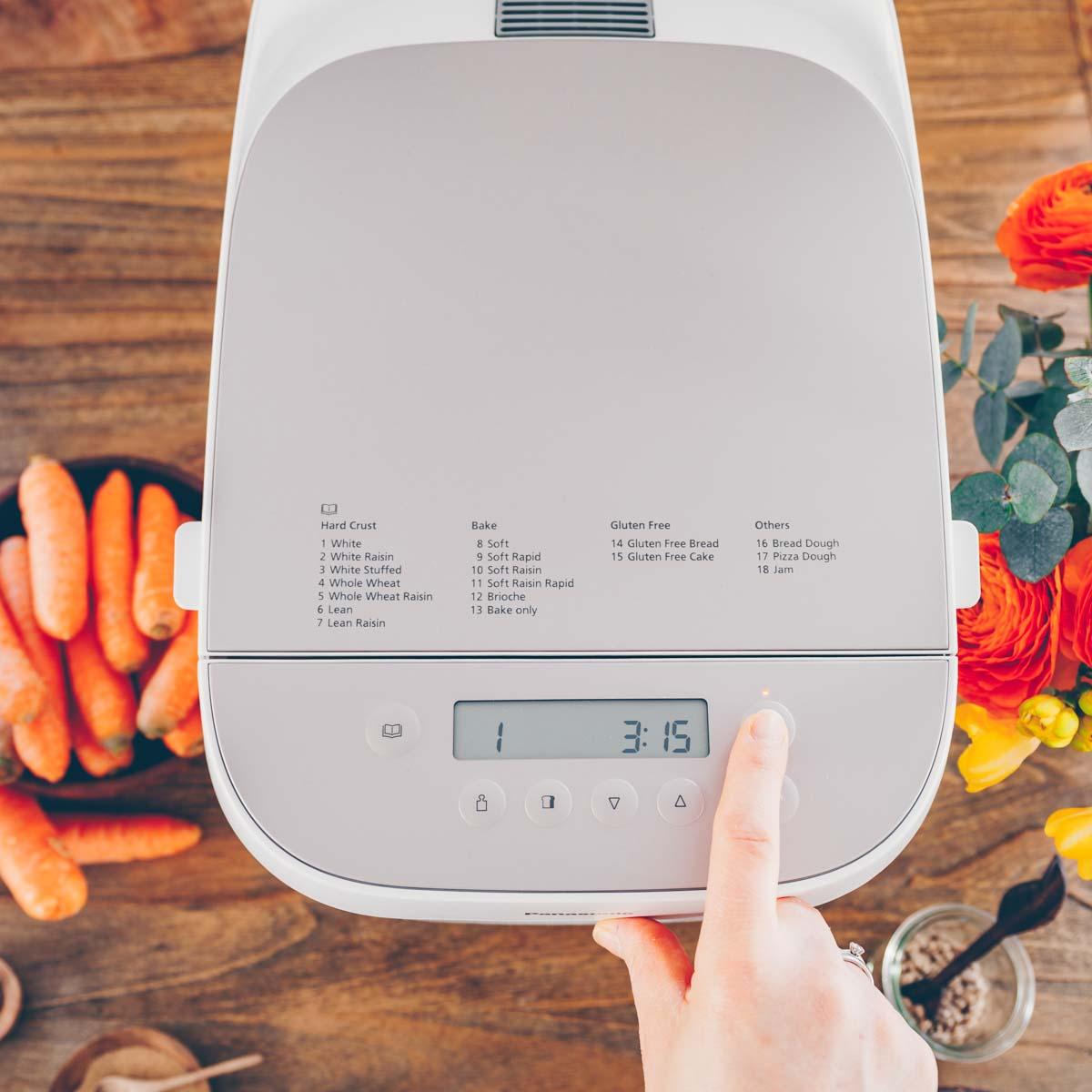 Rüebli-Brot & Apfel-Rüebli Konfi mit dem Panasonic Croustina