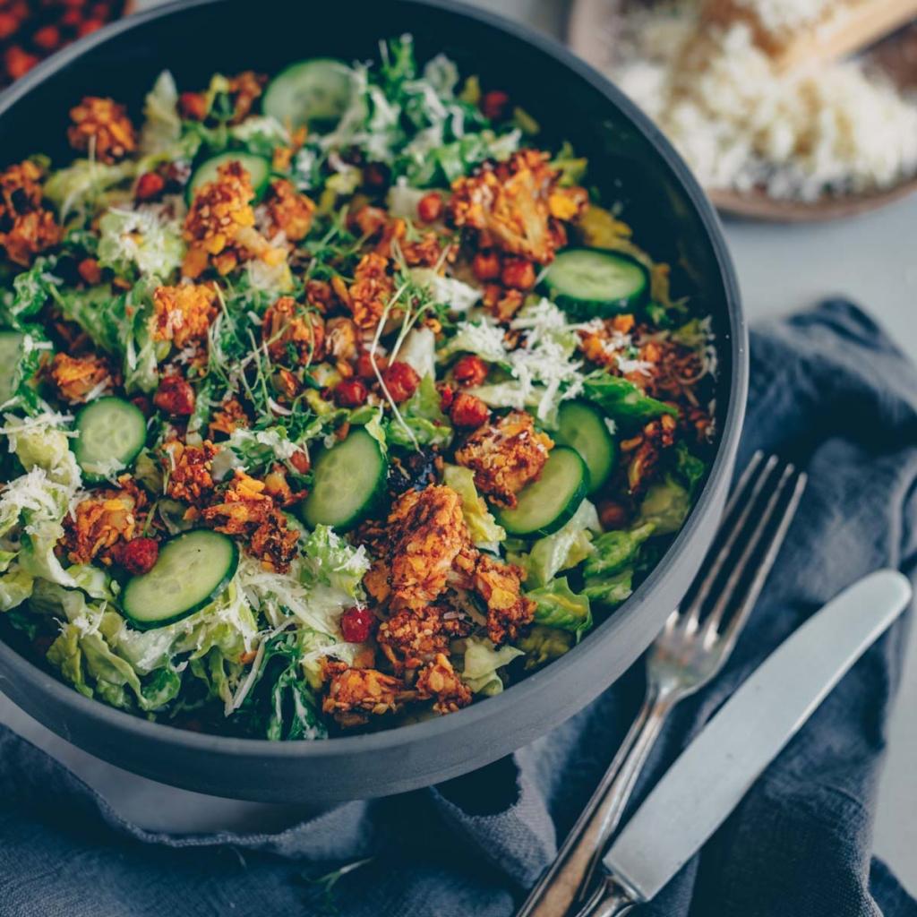 Caesar salad with chickpeas and crispy cauliflower