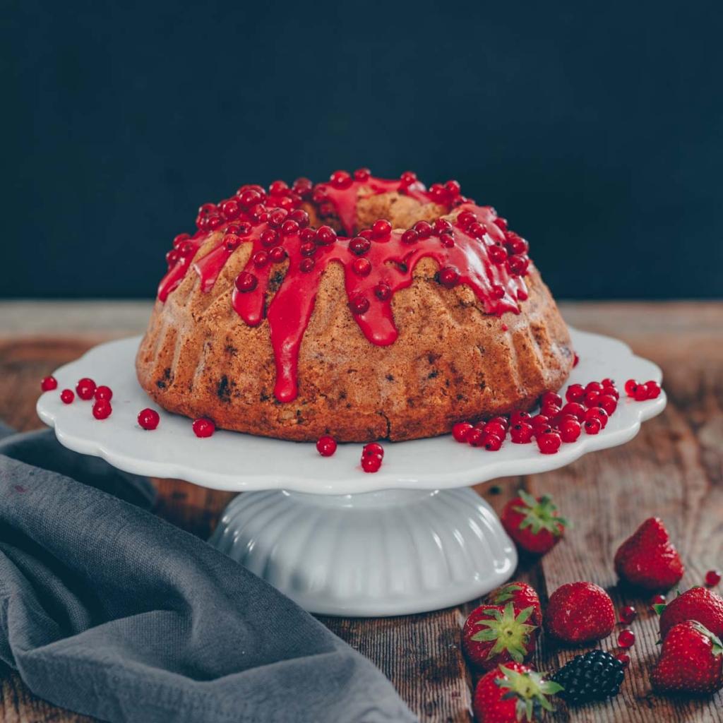 Red currant yogurt  bundt cake