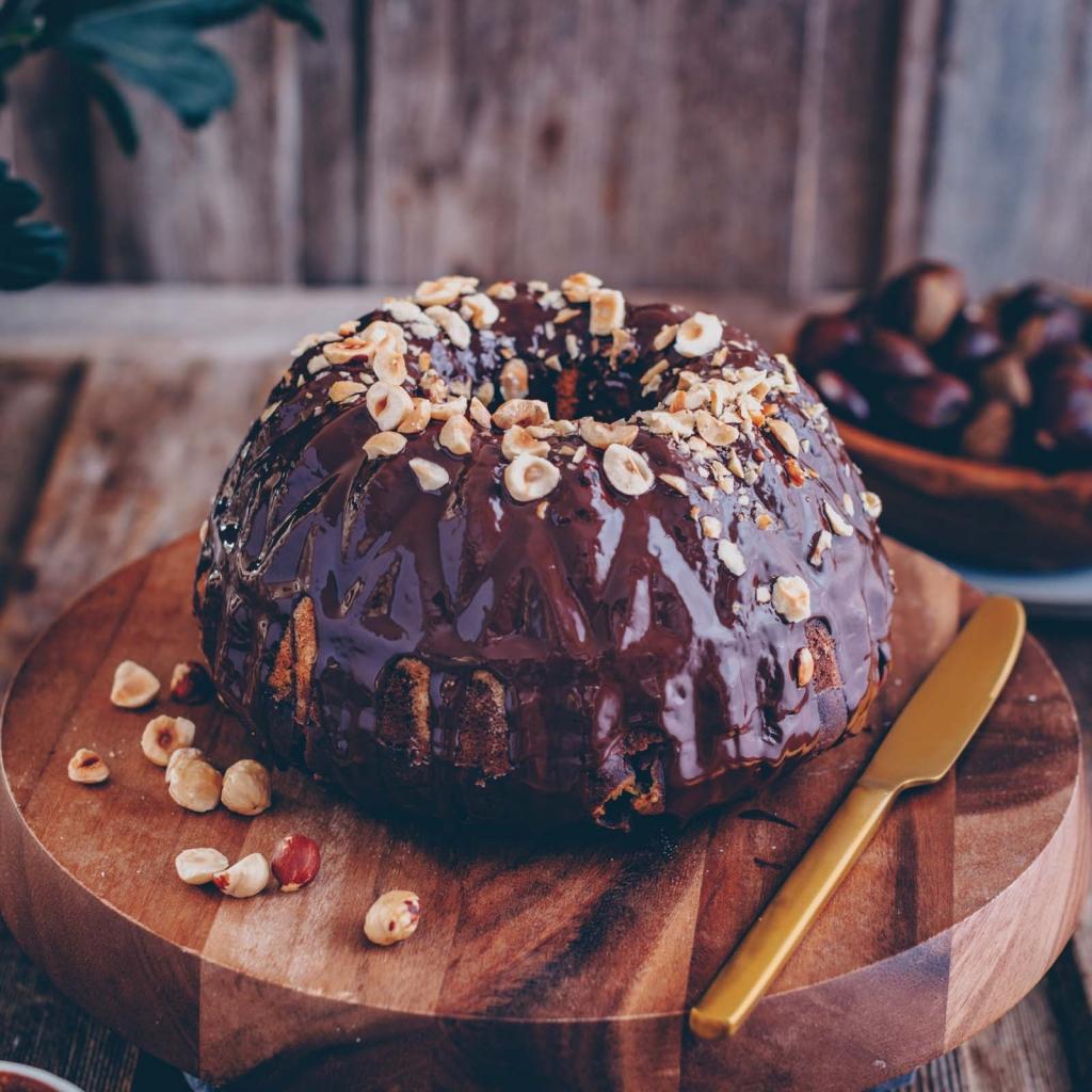 Chestnut marble cake