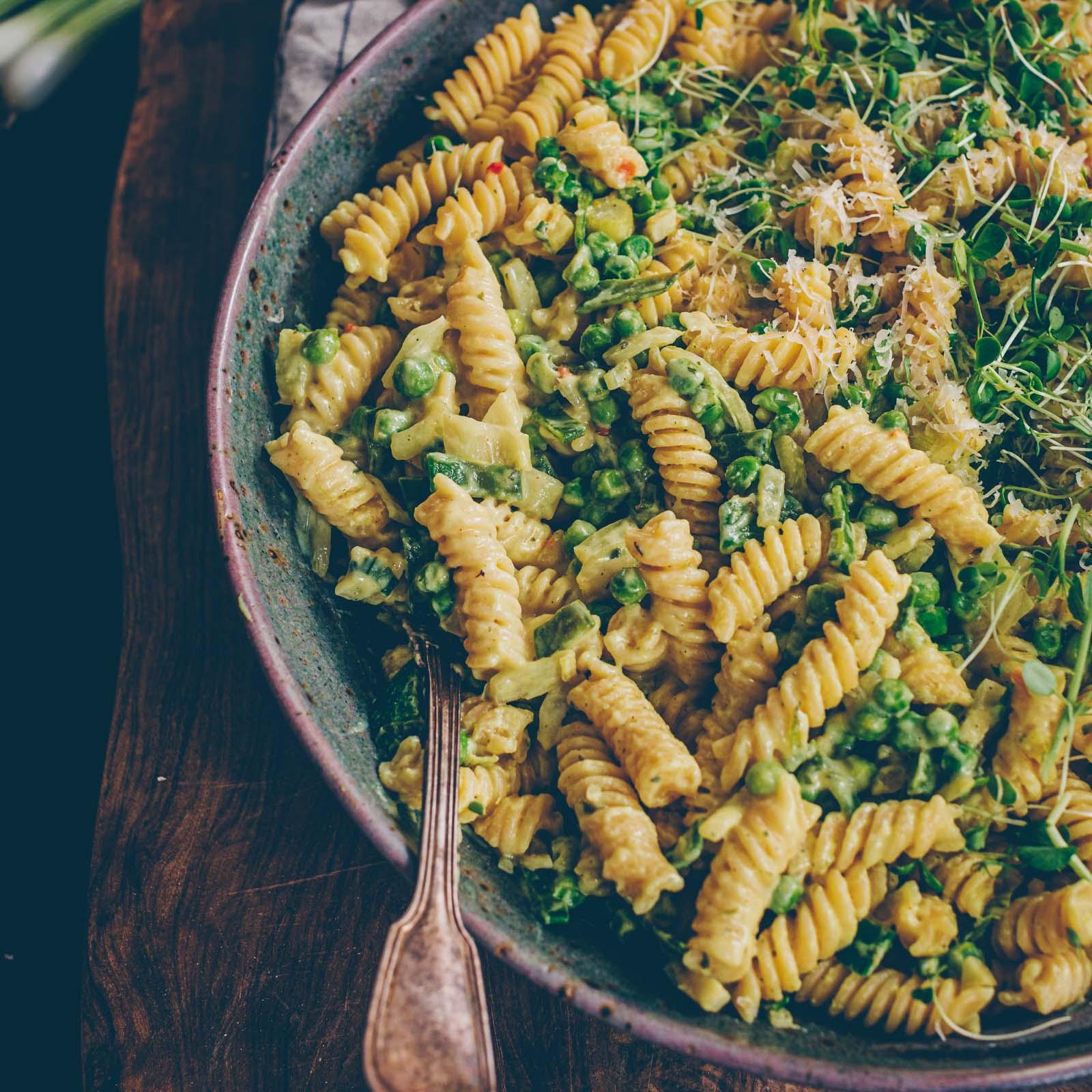 Cremige vegane Gemüse-Pasta