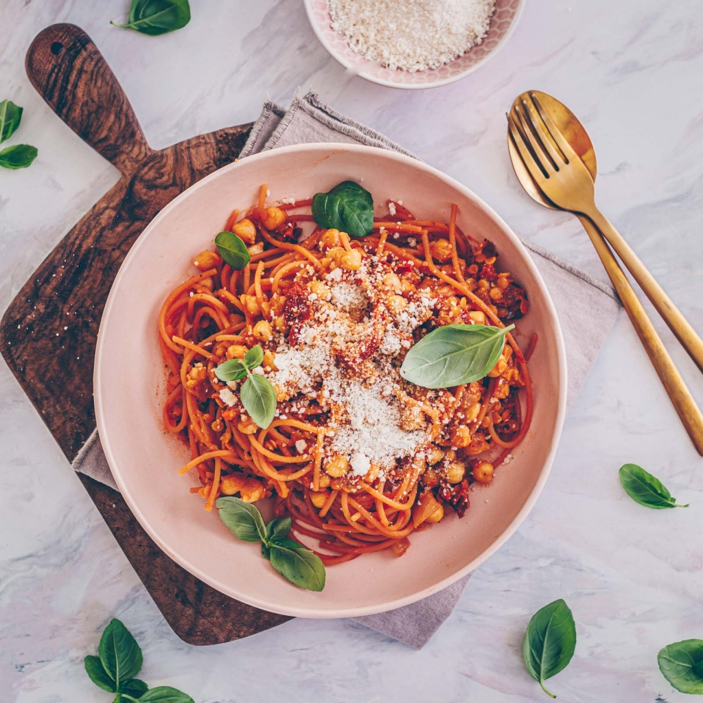Protein Pasta with chickpeas and lentils