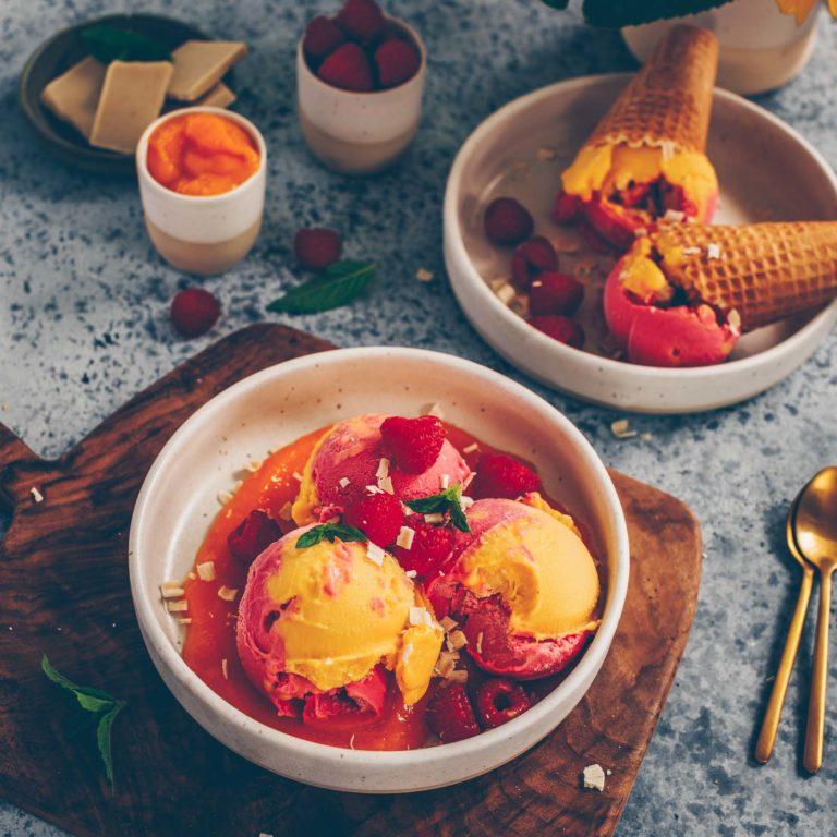 Veganes Mango – und Himbeereis